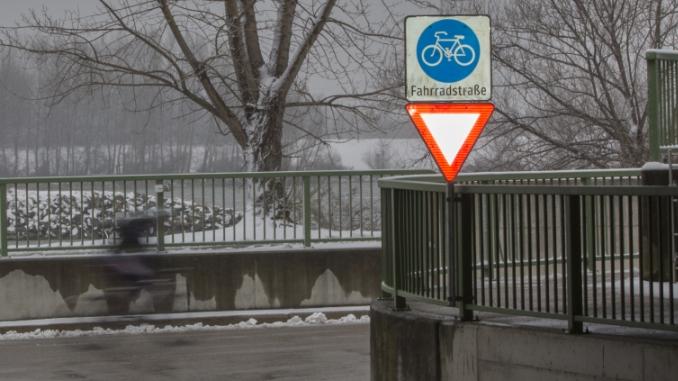 Fahrradstraße, Kuchelau, Verkehrsschild