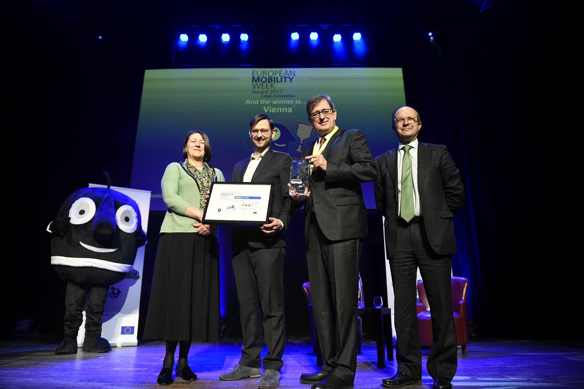Preisverleihung zum European Mobility Week Award in Brüssel