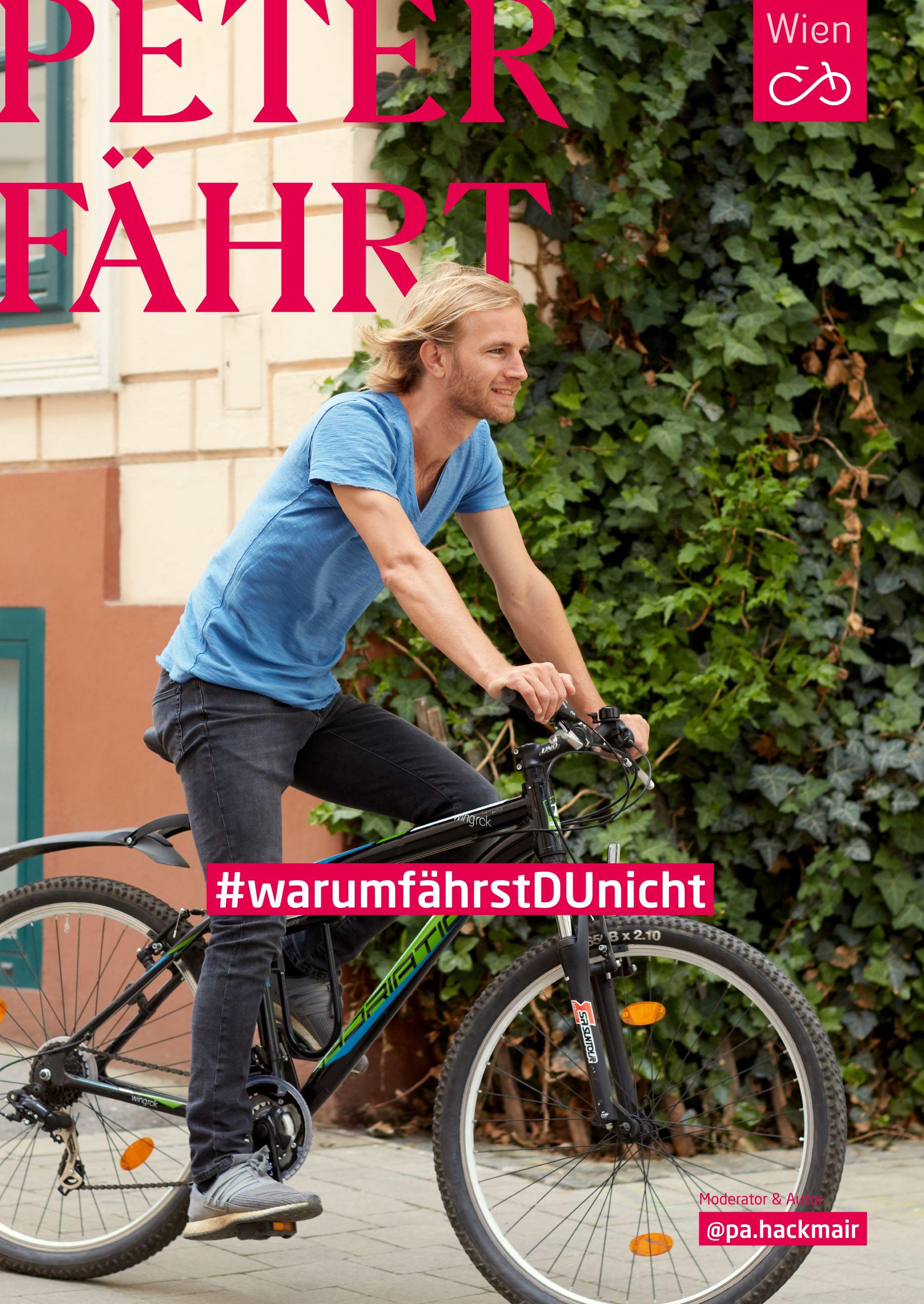 Ex-Fußballprofi Peter Hackmair fährt mit dem Fahrrad durch Wien. Foto: Ian Ehm