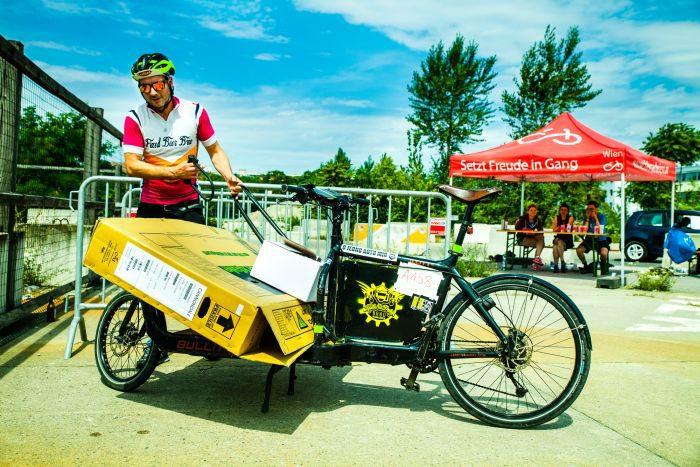 Foto von der FahrradbotInnen Europameisterschaft. Fotograf: Peter Provaznik