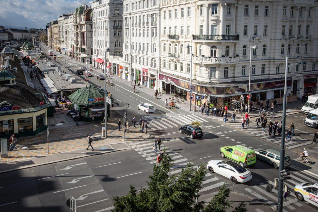 Radweg auf der Linken Wienzeile wird gebaut